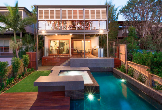 Queenslander House Raise & Extension